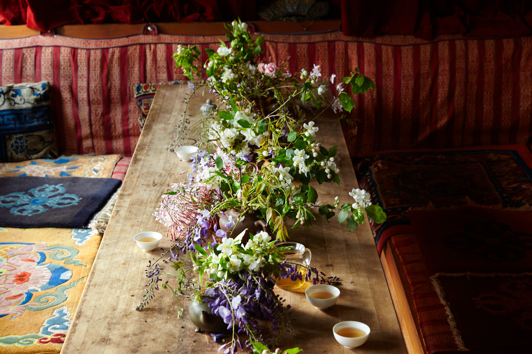 Flowers: Tablescape